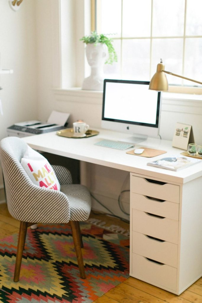 Фото письменный стол в интерьере