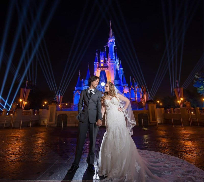 Фото: @Disneyweddings